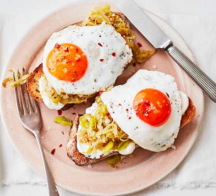 Chilli & garlic leeks with eggs on toast