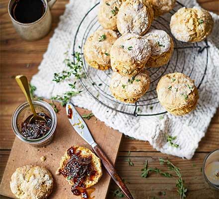 'Cheesy' vegan scones