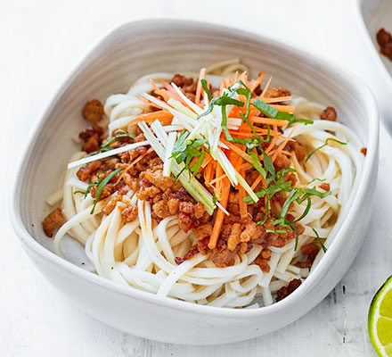 Crispy chilli turkey noodles