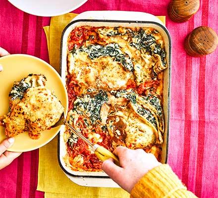 Spinach & ricotta pancake bake