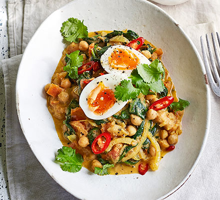 Curried spinach, eggs & chickpeas