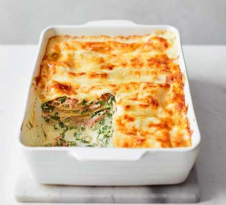 Cheesy ham hock, spinach & ricotta lasagne