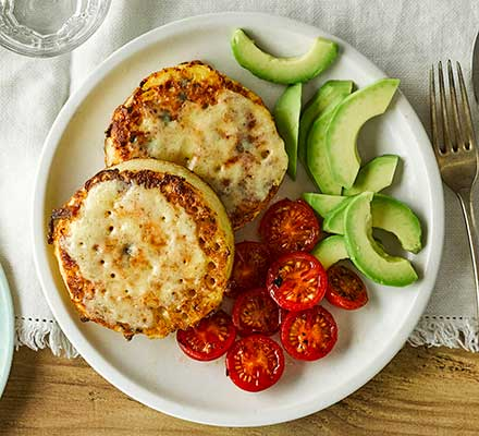 Eggy cheese crumpets