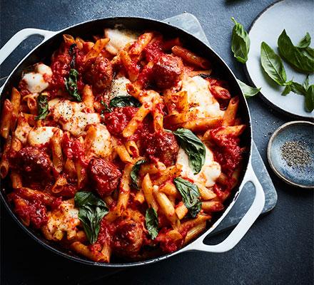 Italian meatball & mozzarella pasta bake