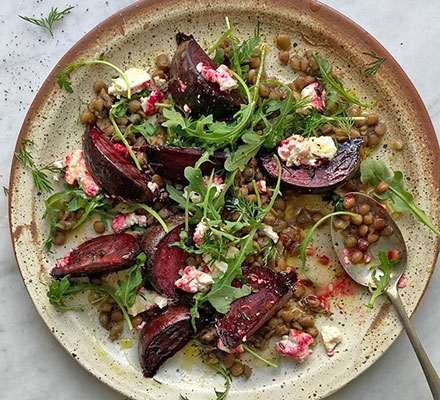 Roasted beetroot & raw honey salad