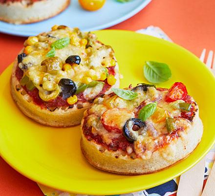 Crumpet pizzas