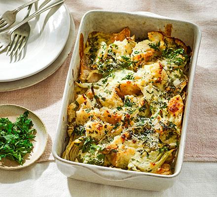 Roast fennel & bread gratin