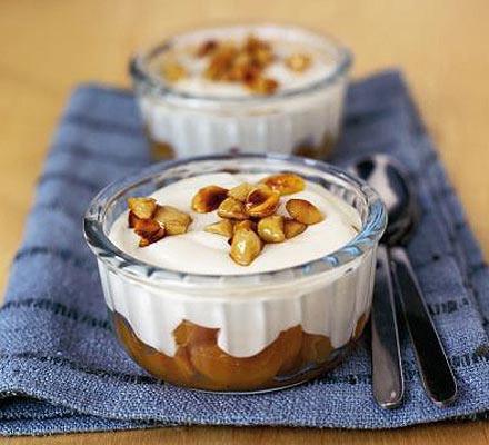 Warm apricot & almond pots