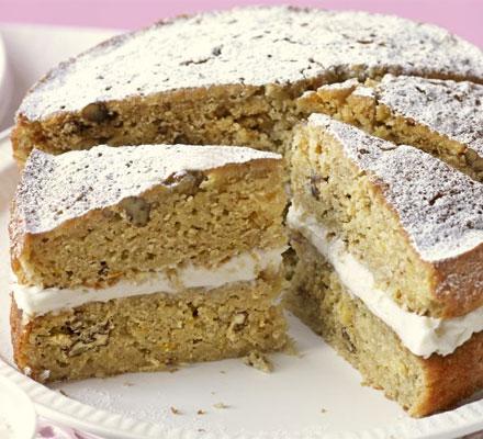 Catherine Berwick's Parsnip & maple syrup cake