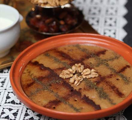 Ruttab rangina (traditional date dessert)