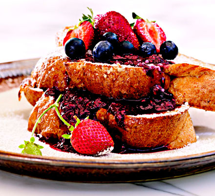 Buttermilk French toast with fresh berry compote
