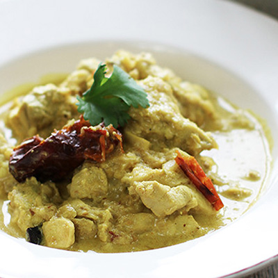 Coconut and almond chicken korma