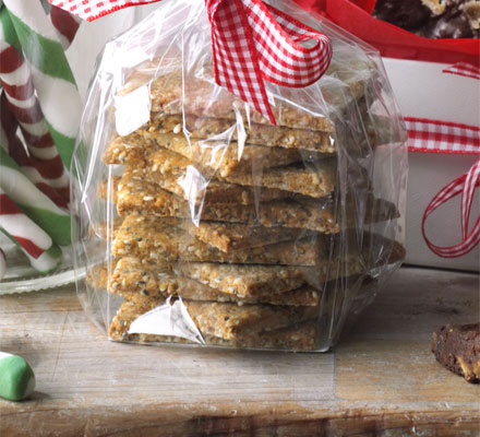 Christmas cracker and biscuit recipes