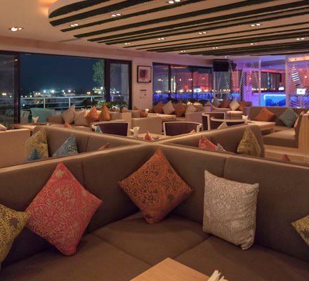 Story Rooftop Lounge, Holiday Inn Express, Internet City