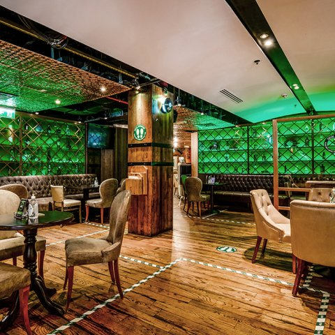 WIN! TRADITIONAL ROAST DINNER FOR FOUR AT MCGETTIGAN'S, WORTH OVER AED500