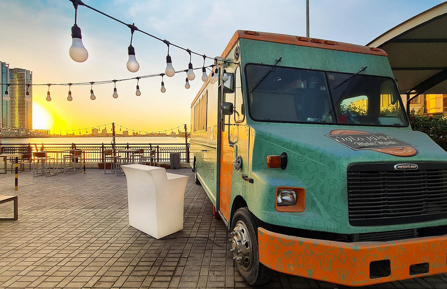 The Rolling Stove Food Truck, Hilton Garden Inn