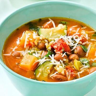 Summer bean & bulgur soup